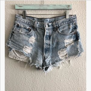 Levi's high rise distressed cut offs sz: 4